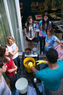 Curso As técnicas do tie-dye / Universo da Cor