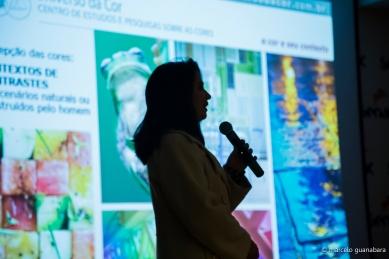 Palestra A Cor nos Ambientes Internos, com Lilian R. Miller Barros